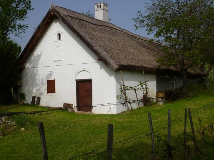 Fürtös Pince 1821