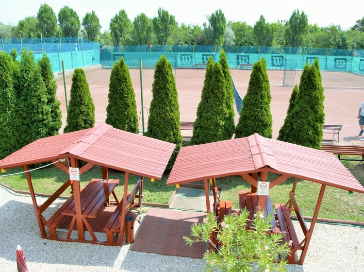 Theodóra Tenisz Club - Panzió