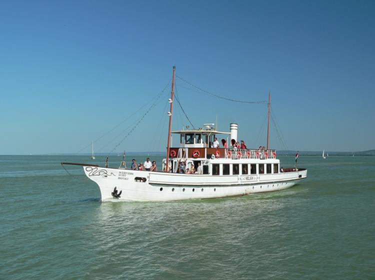 Balatonakali Hajóállomás