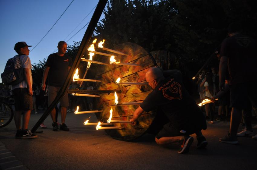 Tűzkerék gördítés