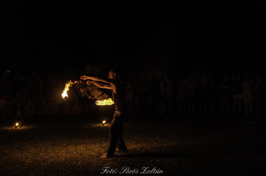 Főtér átadó ünnepség, kiállításmegnyitó, tűzkerék
