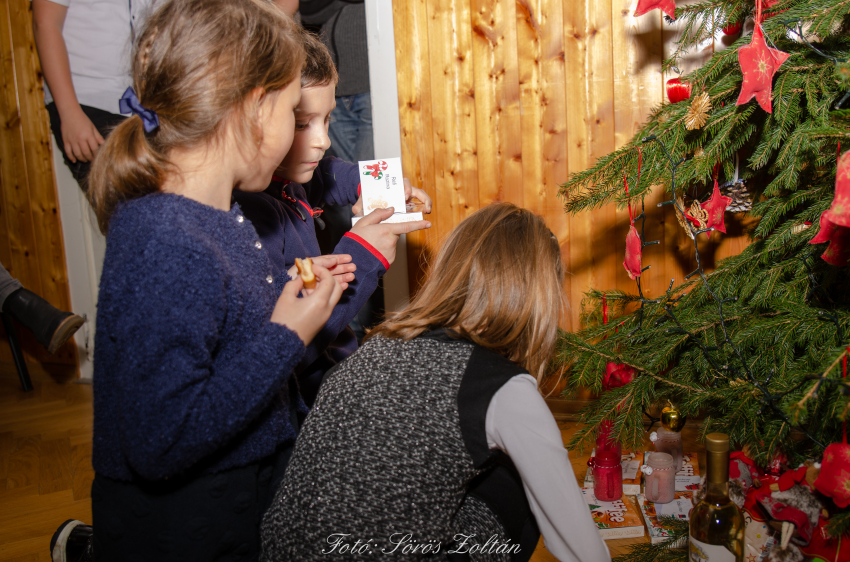 Akali Karácsony 2019